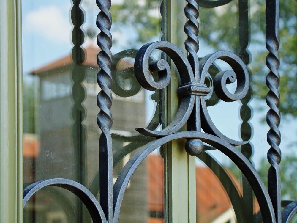 grilles protection métalliques fenêtre